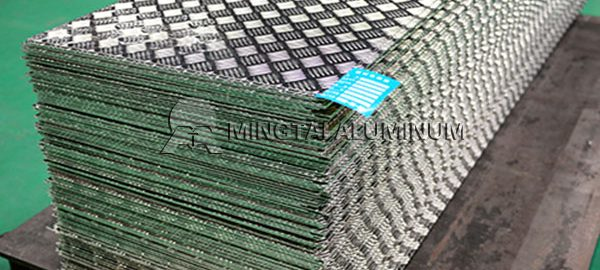 aluminum-tread-plate-sheets-1